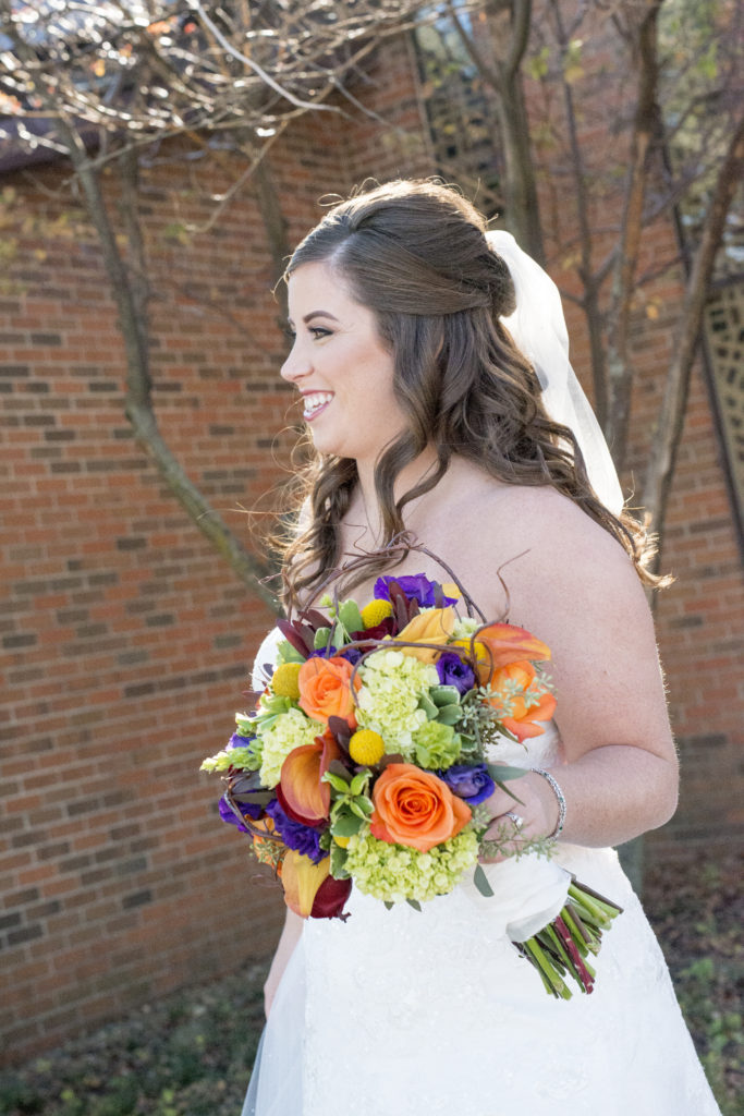 Fall wedding flowers Photo by Blind Photography